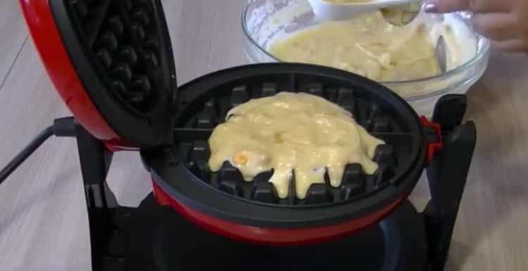 Для приготовления венских вафель подготовьте вафельницу