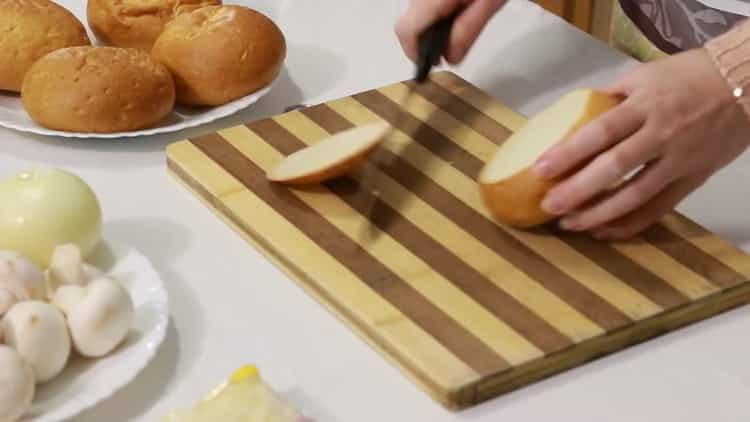 Готовим жульен в булочках