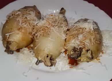 Кальмары, фаршированные рисом и грибами — простой и вкусный рецепт 🦑