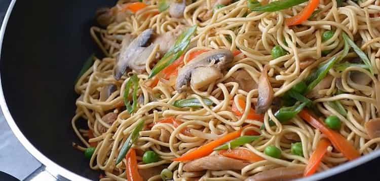 Китайская лапша с курицей и овощами по пошаговому рецепту с фото