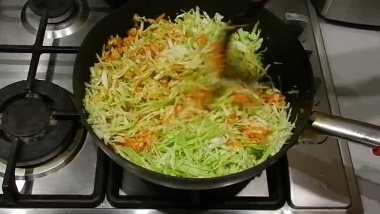 Для приготовления лазаньи добавьте капусту