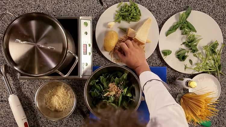 Для приготовления пасты подготовьте ингредиенты