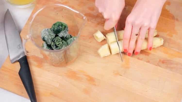 Готовим смузи со шпинатом
