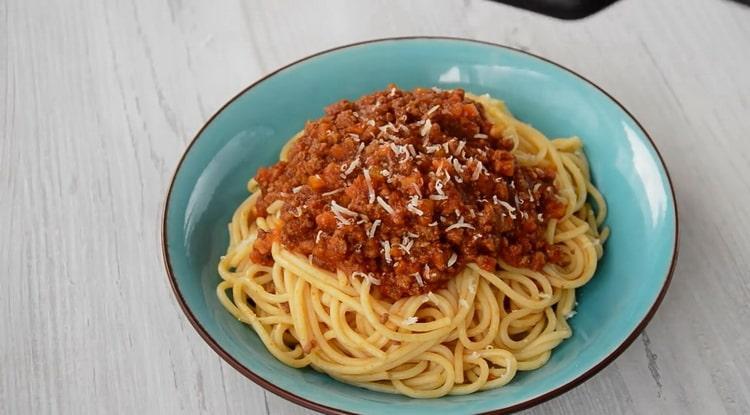 спагетти болоньезе готово