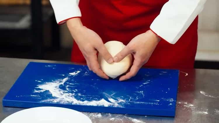 тесто для пиццы тонкое и мягкое готово