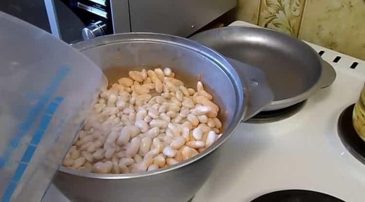 Для приготовления фасоли соедините ингредиенты