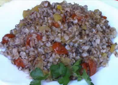 Вкусная рассыпчатая гречка с овощами на сковороде 🥣