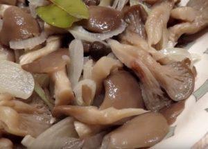 Готовим армоатный маринад для грибов по пошаговому рецепту с фото.