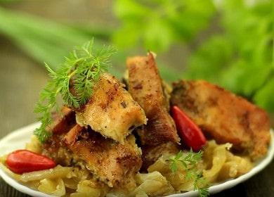 Шашлык в духовке на луковой подушке — неимоверно вкусное блюдо 🥩