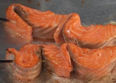 Шашлык из красной рыбы — невероятно вкусно 🍢