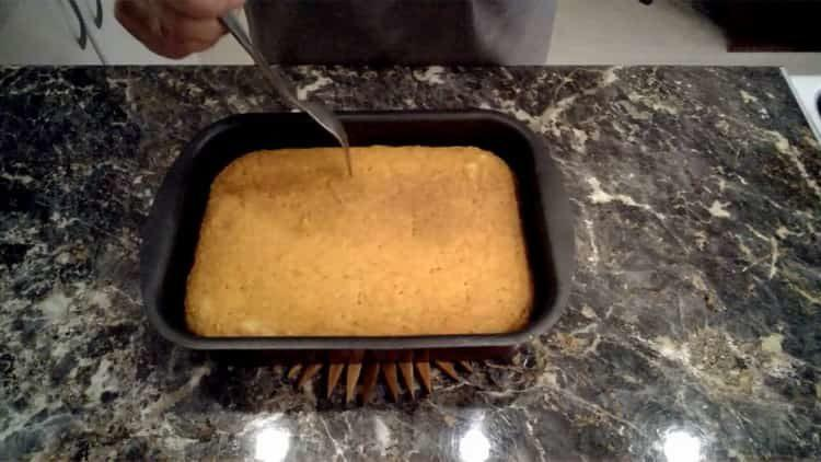 Для приготовления блюда проткните вилкой