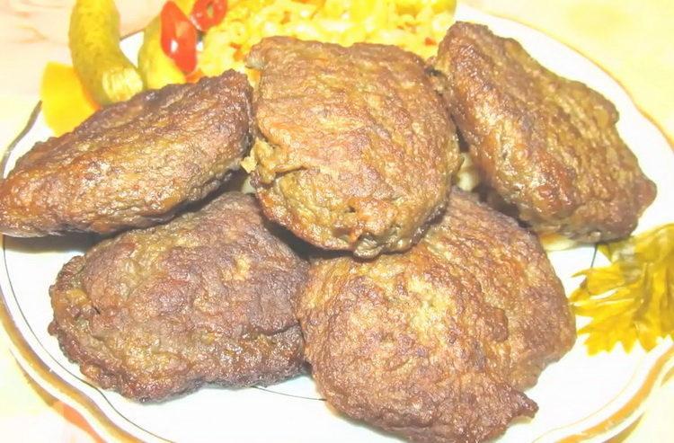 печеночные котлеты из куриной печени готовы
