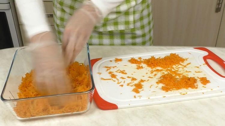 Готовим салат из вареной свеклы и моркови