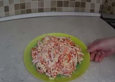 Как научиться готовить вкусный салат с крабовыми палочками без кукурузы 🥗