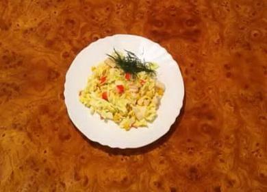 Как научиться готовить вкусный салат с пекинской капустой и крабовыми палочками 🥗