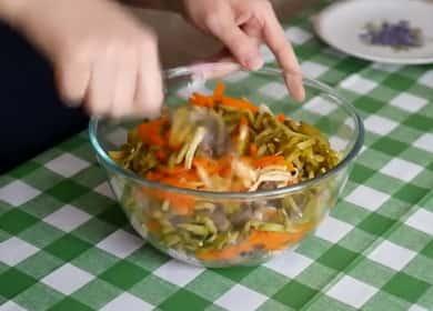 Невероятно вкусный и сытный салат из куриной печени с морковью 🥗