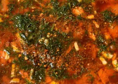 Как научиться готовить вкусный горячий свекольник с мясом по простому рецепту 🥣