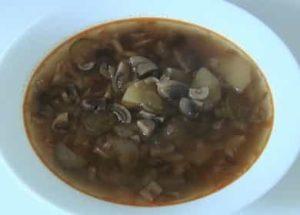 Ароматная и очень вкусная солянка с грибами