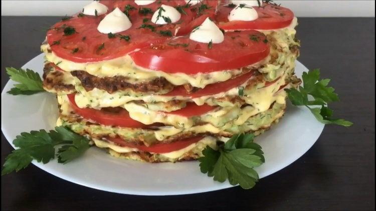 Нежнейший торт из кабачков с помидорами