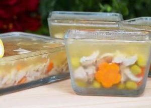 Холодец из курицы с желатином: пошаговый рецепт с фото