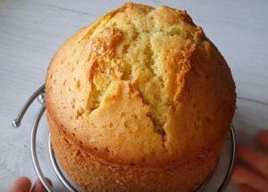 Печем высокий бисквит на кефире по пошаговому рецепту с фото.