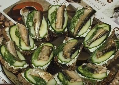 Вкусные бутерброды со шпротами 🥝 и свежим огурцом