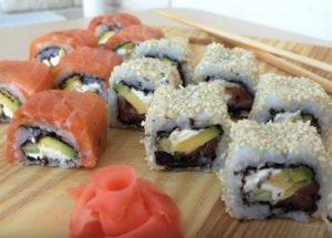 Готовим вкусные суши в домашних условиях по пошаговому рецепту с фото.