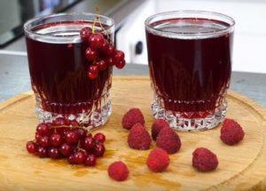 Как варить компот: выбор ягод, пропорции сахара, закатка на зиму.