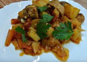 Готовим вкусное и сытное рагу из кабачков по пошаговому рецепту с фото.