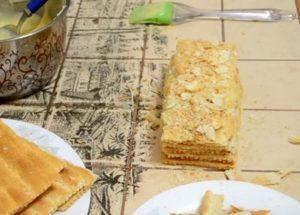 Готовим простое пирожное Наполеон по пошаговому рецепту с фото.