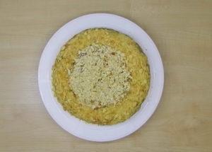 Вкусный и легкий торт с вареной сгущенкой
