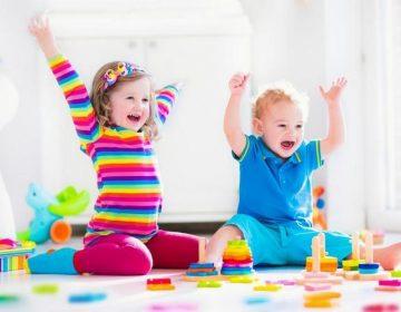 Развитие ребенка в 11 месяцев. Что должен уметь?