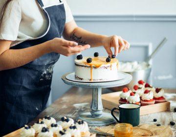 Как правильно печь торт?