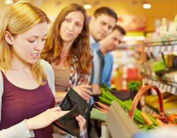 Лайфхак — как не стоять в очередях в супермаркетах