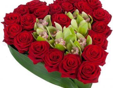 Букет из 101 розы: что означает и кому дарить